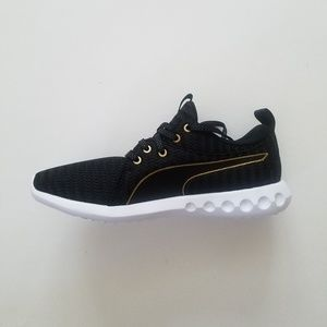 New PUMA Running Shoes (Size 7.5 W)